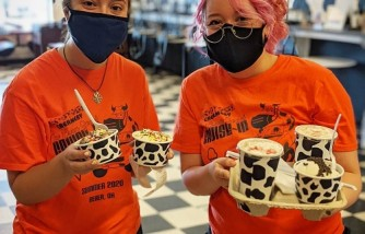 Ice cream shop owner blasts customers harassing teen workers wearing face masks to work