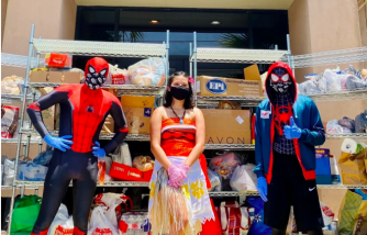 Teenagers in Texas Dress as Superheroes to Spread Joy While Gathering Donations