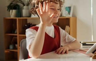 Survey Reveals Parents Want School to Be Canceled Until Spring