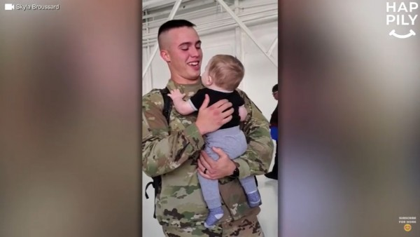 louisiana military dad, meets 8-month-old son for the first time,