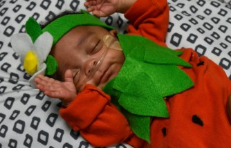 Florida Newborn Babies Staying in NICU Dress-up for the Halloween