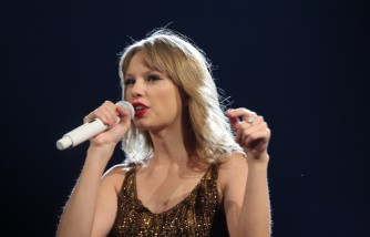 Taylor Swift Sends Special Message to Young Girl and Her Father During Pride of Britain Awards