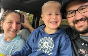 ohio dad runs marathon, give back to hospital, treats his son's cancer
