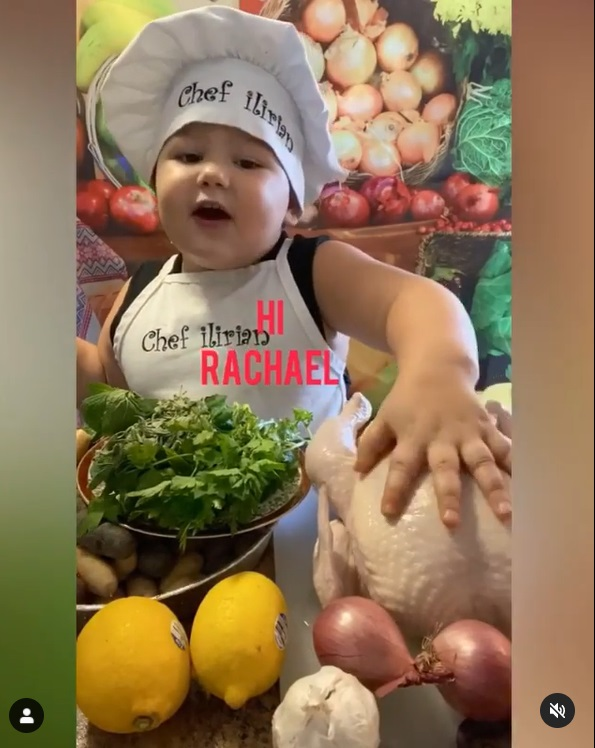 2-year-old chef that teaches how to cook, goes viral on tiktok, toddler chef teaches how to cook, cook roasted chicken, cook filet mignon