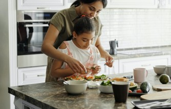 How to Prepare After-School Snacks: Easy Steps That Parents Can Follow