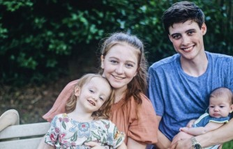 Parent Herald - YouTuber Camryn Clifford Explains How She Copes with Being a Single Parent in a New Video