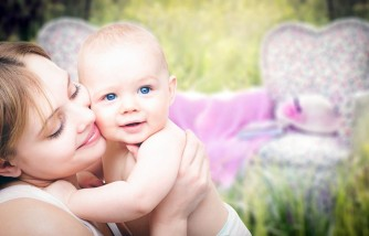 New Mom? 6 Ways to Make Your Life Easier