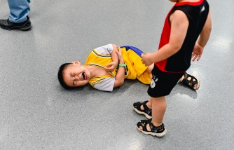 injury in sports, ways to reduce risk of getting hurt, ways to reduce injury in sports, how to avoid sport injury, how to prevent sport injury, how to avoid injury in sports, how to prevent injury in sports