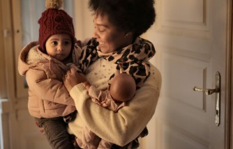 Study Reveals That a Mother's Kindness Directly Impacts the Generosity of Young Children