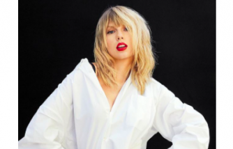Taylor Swift Donated Money to Two Moms Facing Eviction