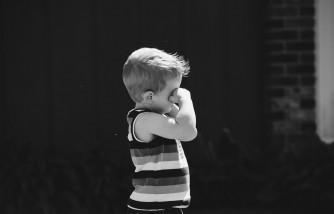 ways to handle children's sneaky behavior, ways to handle sneaky behavior, ways to handle when kids lie, how to handle when kids lie