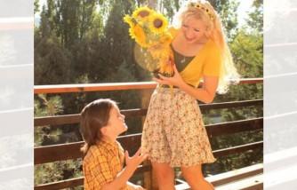 Parent Herald - Happy mom and child