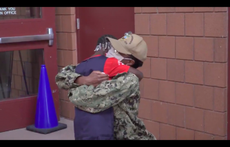 Florida Mom from the Navy Surprises Daughter