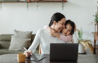 Resume Tips for Moms Returning To Work
