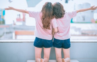How to Raise Twins to Be Trusted Friends?