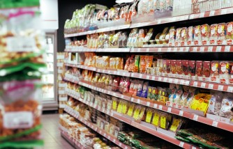 Parents Are Confused About Food Labels on Sweetened Beverages