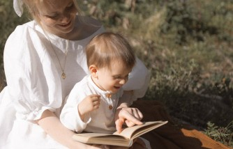 Top Tips for Reading to Your Baby