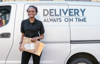 How to Choose a Courier for Sending Urgent Documents