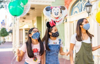 Disney Parks Will Require All Cast Members To Be Vaccinated in 2 Months