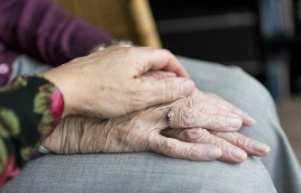 Ways You Can Improve Your Ageing Parents' Mental Health