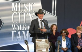 Tim McGraw Doesn't Harbor Anger for Famous Dad He Didn't Know Until He Was 11