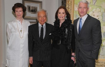 Anderson Cooper Says Mom Gloria Vanderbilt Wanted to Carry His Baby at 85