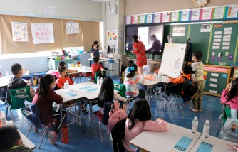 Parents Sneak Air Quality Monitors in Their Kids' Backpacks to Check Classroom Ventilation