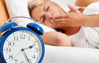 Schlaflosigkeit, Frau kann nicht schlafen