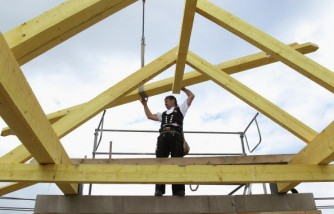 German Construction Sector Expands