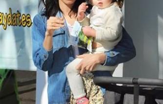 Jenna Tatum with daughter, Everly.