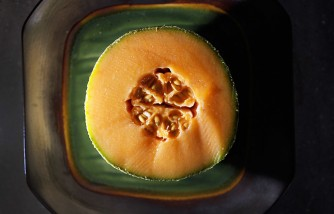 Listeria Outbreak In Cantaloupe Causes Deaths And Illnesses Across 18 States