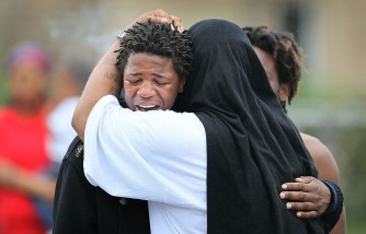 Violence Continues To Plague Chicago, 40 Shootings Over Weekend