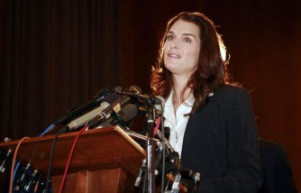 Brooke Shields talks about her experience with Postpartum Depression