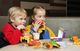 Should children be banned from restaurants?