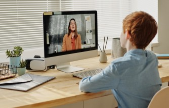 Parents Give Up on Distance Learning