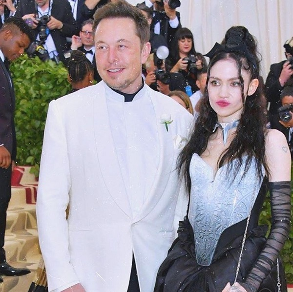 Elon Musk Welcomes First Child with Grimes