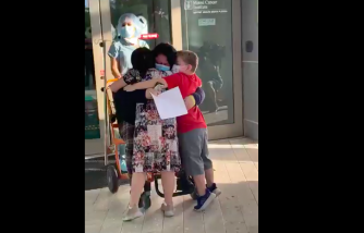 Single Mom Who Recovered From the Coronavirus Reunites With Kids