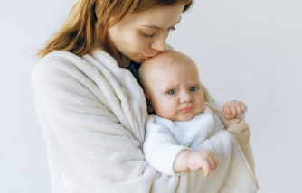Ways to Support Moms After Giving Birth