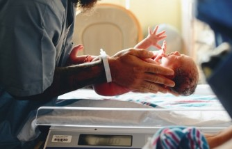 How to Manage Postpartum Health During a Pandemic