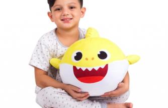 Franco Kids Bedding Soft Plush Cuddle Pillow Buddy, One Size, Baby Shark Yellow